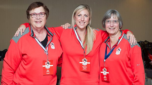 2014 agm volunteer ladies 640