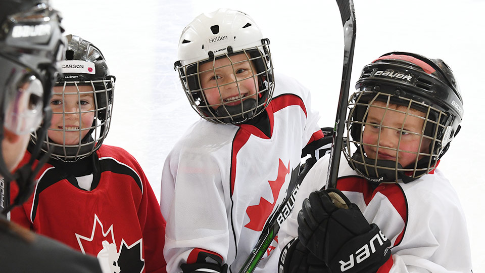 Young hockey players - coaching hockey resources
