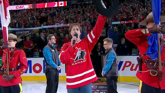 paul brandt 2012 wjc crowd salute??w=640&h=360&q=60&c=3