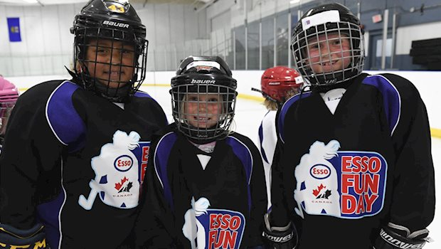 esso fun days three players