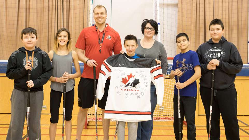 hay river floorball