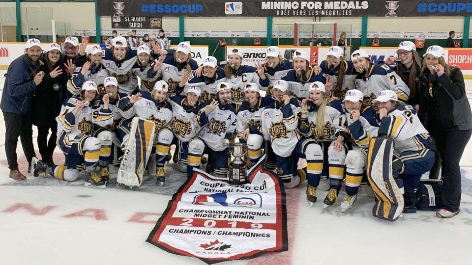 2019 esso cup st albert gold medal team photo 2