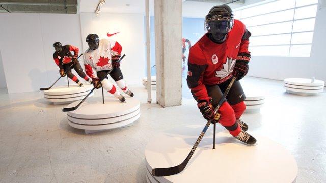 2018 oly jerseys blk wht red mannequins?w=640&h=360&c=3