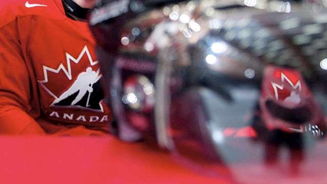 practice jersey helmet 640??w=640&h=360&q=60&c=3