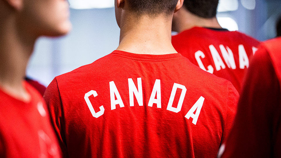 jul 31 red wht tshirts??w=640&h=360&q=60&c=3
