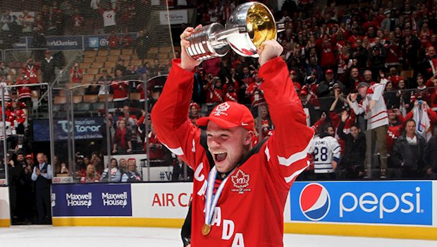 max domi trophy celebration 640