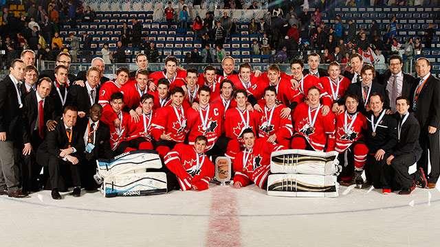 2014 wu18c apr27 bronze team photo 640