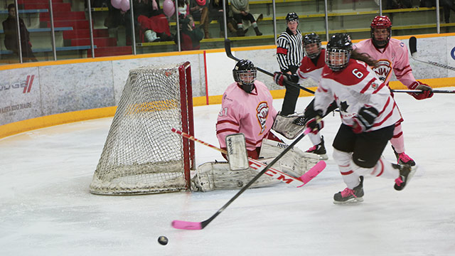 Aaa canadian hockey midget playing team womens