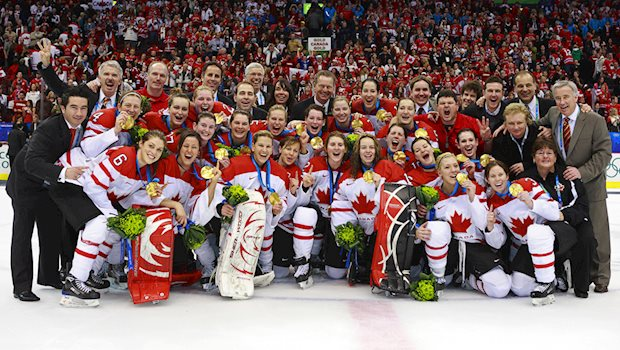 2010 womens olympic team celebration photo