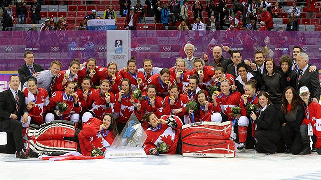 2014 olyw feb20 canusa gold team photo 640?w=640&h=360&c=3