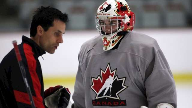 taylor crosby goaltending camp 640??w=640&h=360&q=60&c=3